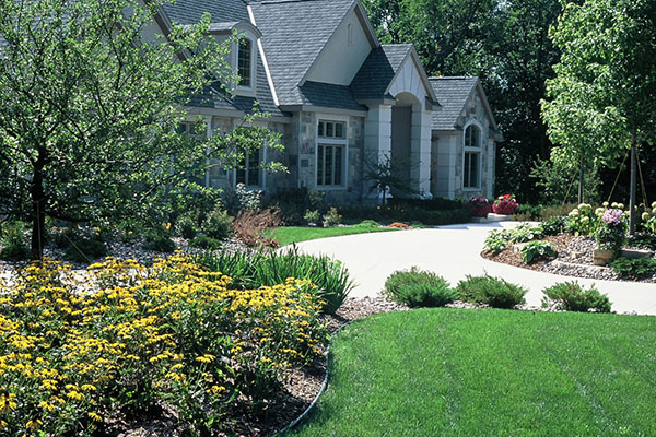 Lawn Care Services Se Wisconsin Racine Grass Cutting